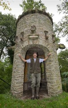As Halloween looms, we celebrate the streak of creative madness that has haunted British gardens for centuries: the folly, and meet some present-day whimsical builders Unusual Buildings, Beautiful Buildings, Small Castles, Stone Cottages, British Garden, Castle House, Vegetable Garden Design, Brick Patterns, Balcony Design
