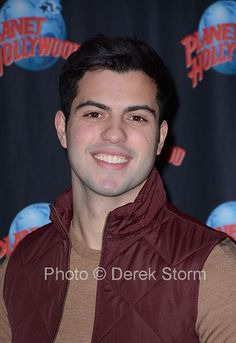 """NYC David Castro appears at Planet Hollywood, Times Square to promote his starring role as Raphael in ABC Family's """"Shadow Hunters. Shadowhunters Series, David Giuntoli, Magnus And Alec, Eye Candy Men, Planet Hollywood, Beautiful Men Faces, Abc Family, David Gandy, Malec"""