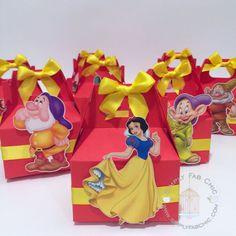 Snow White 7 Dwarfs Favor Box | Disney Princess Favor Boxes | Treat Box | Snack Box | Party Box | Gable Box