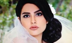'Modelling Iranian style': surgical alterations and the 'porn star' look // What's en vogue among models is far from what many would consider natural Iranian beauty