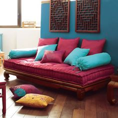 banquette indienne dream a little cosy place pinterest banquette indiens et correspondant. Black Bedroom Furniture Sets. Home Design Ideas