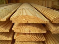 This sawmill owner's solution to today's tough economy by making log cabin siding. Gives good info on how much he charges per-foot and other business related questions. Shiplap Siding, Shiplap Wood, Cedar Siding, Shiplap Boards, Log Cabin Siding, Traditional Front Doors, Shed Builders, Sheds For Sale, Wood Exterior Door