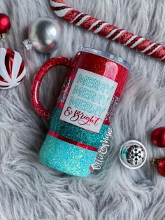 Diy Tumblers, Custom Tumblers, Craft Projects, Projects To Try, Craft Ideas, Silhouette School, Cute Cups, Glitter Cups, Tumbler Designs