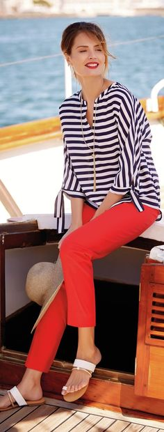 Women over 40 outfits - 20 dressing styles for 40 plus women Nautical Outfits, Nautical Fashion, Nautical Clothing, Nautical Style, Cruise Outfits, Spring Outfits, Cruise Wear, Spring Wear, Spring Clothes