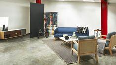Design Room Colombia, una vitrina al diseño contemporáneo que resalta el talento nacional. Fotografía: El Buen Ojo. Couch, Rugs, Furniture, Home Decor, House Decorations, Cabinets, Eye, Colombia, Trendy Tree