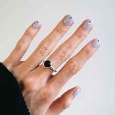 lila Nagellack Maniküre - New Ideas Stylish Nails, Trendy Nails, Hair And Nails, My Nails, Nagellack Design, Lilac Nails, Nail Ring, Minimalist Nails, Funky Nails
