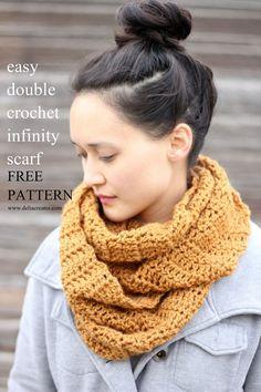 Easy double crochet infinity scarf - FREE pattern!