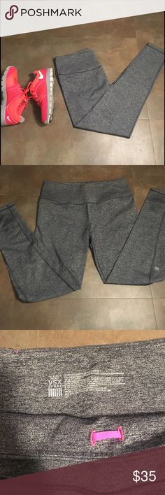 VSX Gray Marbled Workout Legging Victoria's Secret Sport Gray Marbled Knockout Tight. Size L. Backside pocket. Adjustable band. Worn only a few times. No signs of wear. Perfect for working out, running errands, or just hanging out. Victoria's Secret Pants Leggings