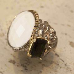 White and Black perfection #jewlery #rings #gioielli #giuseppinafermi #accesories #madeinitaly
