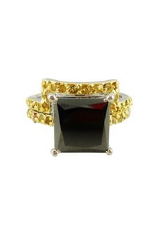 """Exquisiter, handgefertigter 2-teiliger Ring mit Moissanit """"Black Diamond"""" & goldfarbenem Rohdiamant 5,48 ct. Größe 55. Sterlingsilber. Verlobungsring. Damenring #JOY #Einzelstücke #Moissanitring #Rohdiamanten #diamantring #Ringset #handgefertigt #moissanitering #diamond #diamondring #handmade #handmadejewelry #jewelry #Geschenk #Geschenkidee #gift #außergewöhnlich #Verlobungring #engagementring #engagement #Hochzeitring #ehering #weddingring #wedding #Jahrestag #Hochzeitstag #schmuckliebe Ring Set, Ring Verlobung, Joy Shop, Moissanite, Black Gold, Heart Ring, Princess Cut, Engagement Ring, Rough Diamond"""