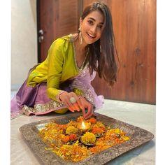 Pooja Hegde INDIAN BEAUTY SAREE PHOTO GALLERY  | I.PINIMG.COM  #EDUCRATSWEB 2020-07-02 i.pinimg.com https://i.pinimg.com/236x/68/36/57/68365745b53e4b22a34ab8f8b1cdb926.jpg