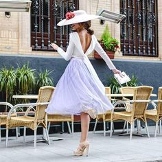 Espaldas descubiertas y faldas de tul, uno de nuestros looks favoritos de la temporada ❤❤ Completa tu look con pamela y cartera de #Trajano11