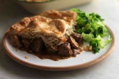 The Hairy Bikers Superb Steak and Ale Pie. (Add Stilton before putting pastry lid on). Serve with creamy mash & buttered peas. Beef And Ale Pie, Steak Ale Pie, Steak And Ale, Roast Steak, Pot Roast, Steak Pie Recipe, Pie Recipes, Cooking Recipes, Roast Recipes