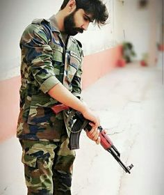 Hassanツ😍😘 Isi Pakistan, Pakistan Army, Pak Army Soldiers, Ghost Soldiers, Pak Army Quotes, Indian Army Special Forces, Indian Army Quotes, Indian Army Wallpapers, Army Pics