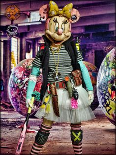 Imagining a post-apocalyptic Disney with grim custom figures by Badland Models Post Apocalyptic Costume, Post Apocalyptic Art, Apocalypse World, Apocalypse Art, Gothic Steampunk, Cyberpunk, Minnie Mouse, Custom Action Figures, Disneyland