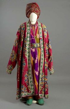 Uzbekistan dress www.islamicart.de