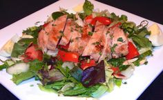 No need to sacrifice flavor for health. ANTLERS #eatlafayette #salads