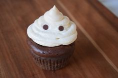 Dark Chocolate Ghost Cupcakes