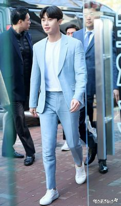 Park seo joon Korean Men, Asian Men, Korean Actors, Korean Drama Stars, Park Seo Joon, Airport Style, Airport Fashion, Martial Artist, Hottest Models