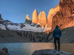 Do you get why this is amongst the best sunrises on #Earth? Shot by @machu._  #TorresdelPaine #Hiking #Relax #Ecotourism #EarthPorn #Hotel #SouthAmerica #Traveltheworld #Traveldaily #Chile #Chilegram #Outdoors #Mountains #splendid_earth #wildernessculture #earthfocus #nakedplanet #earthporn #outdoortones #lifeofadventure #nature #photography #wild #Travel #Traveltheworld #Traveldaily #Chile #Chilegram #Outdoors #Mountains #hotelcheckers