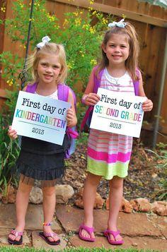 First Day of School Photo Op - Free Printable! #backtoschool, #kindergarten, #firstdayofschool, #freeprintable, #school, #schoolsign #photoop