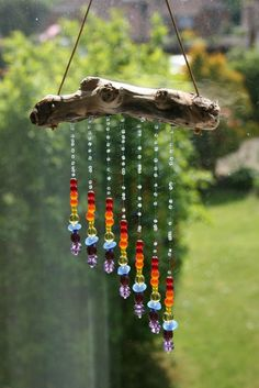 Tinker sun catcher - made of driftwood and glass rainbow beads - DIY garden . - Tinker sun catcher – made of driftwood and glass rainbow beads – DIY garden idea *** DIY Driftw - Nature Crafts, Fun Crafts, Diy And Crafts, Arts And Crafts, Decor Crafts, Carillons Diy, Easy Diy, Deco Nature, Diy Wind Chimes