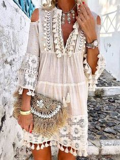 Tassel Hollow Out Mini Dresses Women Summer Autumn Sexy V-Neck Boho Dress 2019 Plus Size Bohemian Floral Printed Beach Vestidos - White XXXL Bohemian Summer, Bohemian Style, Boho Chic, Bohemian Dresses, Bohemian Jewelry, Boho Outfits, Hippie Style, Bohemian Clothing, Hippie Dresses