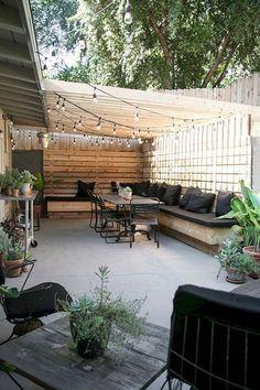 Pergola Design Drawing - Simple Pergola Roof - Pergola Terrace Videos Piscine Although historical in Backyard Spaces, Small Backyard, Backyard Design, Cozy Patio, Patio Design, Pergola Designs, Cozy Backyard, Easy Backyard, Patio Layout