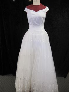 Casablanca C7057**, $169 Size: 8 | New (Un-Altered) Wedding Dresses