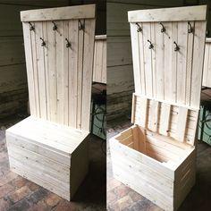 Coffre porte-manteaux sur-mesure en bois style palette. Design, modern et pratique !