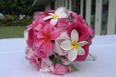 濃いピンク バラ プルメリア ブーケ - Google 検索