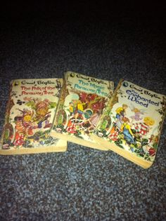 My favourite childhood books - The Enchanted Wood, The Magic Faraway Tree, The Folk of the Faraway Tree - Enid Blyton.     How I wanted a tree like that with friends like Silky & Moonface :D    This is a photo of my original books.