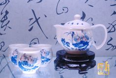 http://www.ceramicslife.com/authentic-bone-china-mile-in-lotus-leaf.html Authentic bone China tea set Kung Fu tea sets in Jingdezhen blue and white tea cup set ten mile in Lotus leaf