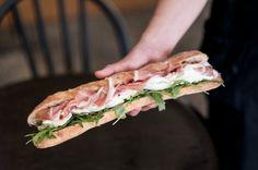 パリ発モッツァレラサンドイッチ専門店が初上陸うなるほどの美味しさが店名にンーモッツァオープン