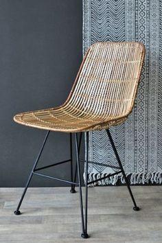 Merveilleux Blonde Rattan Dining Chair
