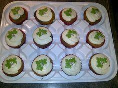Christmas fruit cupcakes