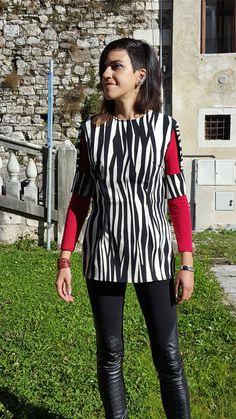 My new creation: Vest whit special open sleeve.  Gilet con particolare manica aperta.  info@annalisalenzi.com