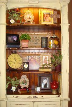 merchandising a bookshelf