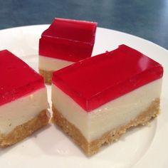 Recipe Jelly Slice by junata, learn to make this recipe easily in your kitchen machine and discover other Thermomix recipes in Desserts & sweets. Christmas Dishes, Christmas Cooking, Sweets Recipes, Baking Recipes, Yummy Recipes, Recipies, Jelly Slice, Bellini Recipe, Aussie Food