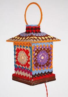 lampara a crochet, muy linda.!!..
