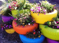 Tire Planters, Flower Planters, Planter Pots, Painted Tires, Old Tires, Home Remodeling, Home Projects, Early Education, Yard Ideas
