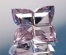 Pierre precieuse du mois de fevrier: l amethiste ou crystal de roche quartz
