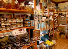 Magasin General - Kamouraska Bas Saint Laurent, General Store, Madeleine, Places, Travel