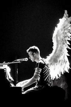 Sufjan Stevens on his Age of Adz Tour. Wish I could have seen it.