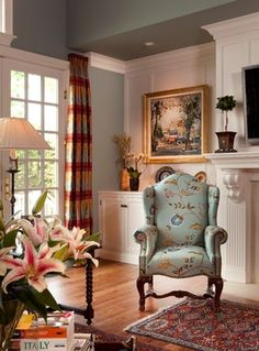 Home Living Room, Living Room Decor, Living Spaces, Style Anglais, English Country Decor, Home Curtains, Cottage Interiors, Curtain Designs, Decoration Design