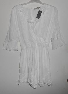 c90c596d133 Abercrombie and Fitch White Ruffle Romper Size Large BB 20