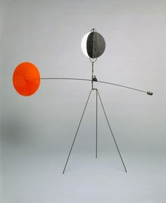 """This fall, more than 100 of Alexander Calder's kinetic creations will go on view in """"Alexander Calder: Performing Sculpture,"""" a major survey at London's Tate Modern museum Tate Modern Museum, Tate Modern London, London Art, Modern Sculpture, Abstract Sculpture, Sculpture Art, Alexander Calder Sculptures, Mobiles Art, Alexandre Calder"""