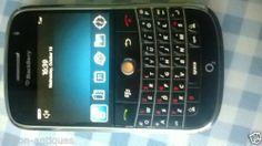 BlackBerry Bold 9000 - 1 GB - Black (Unlocked) Smartphone (Keypad -QWERTY)
