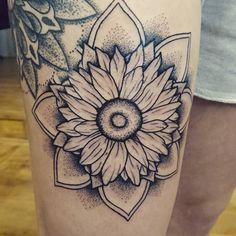 Fresh WTFDotworkTattoo Find Fresh from the Web @sammisamster13 Thank you! #tattoonumber2 #mandalatattoo #mandala #tattoo #sunflower #dotwork #blackandwhite #girlswithink #girlswithtattoos davison.sophie WTFDotWorkTattoo