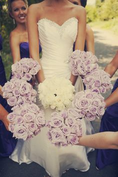 @Kristen Saiki @Michele This was my original thought for your guys' bouquet. Obviously mine wouldn't be all-white lolol